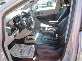 2017 Chrysler Pacifica Touring-L Houston, Mississippi 6