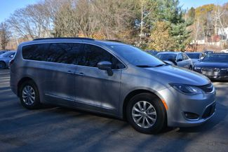 2017 Chrysler Pacifica Touring-L Naugatuck, Connecticut 6
