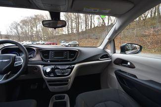 2017 Chrysler Pacifica Touring Naugatuck, Connecticut 17