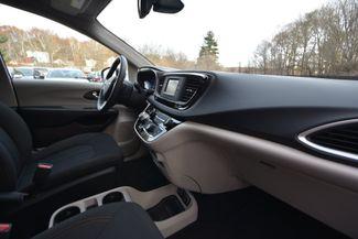 2017 Chrysler Pacifica Touring Naugatuck, Connecticut 9