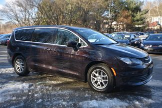 2017 Chrysler Pacifica Touring Naugatuck, Connecticut 6