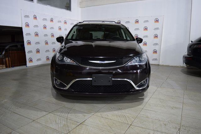 2017 Chrysler Pacifica Touring-L Richmond Hill, New York 1