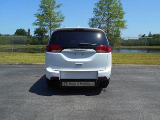 2017 Chrysler Pacifica Touring-L Wheelchair Van Pinellas Park, Florida 4