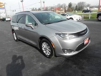 2017 Chrysler Pacifica Touring-L Valparaiso, Indiana