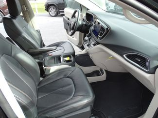 2017 Chrysler Pacifica Touring-L Valparaiso, Indiana 11