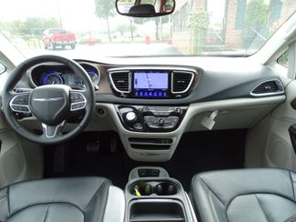2017 Chrysler Pacifica Touring-L Valparaiso, Indiana 6