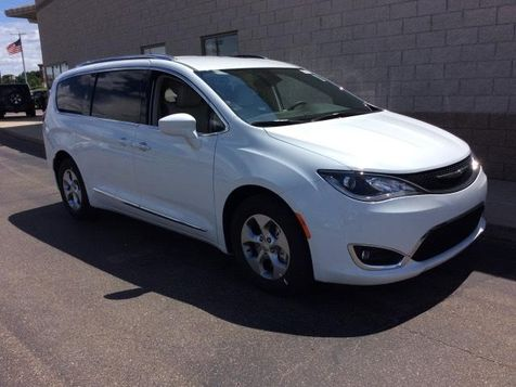 2017 Chrysler Pacifica Touring-L Plus in Victoria, MN