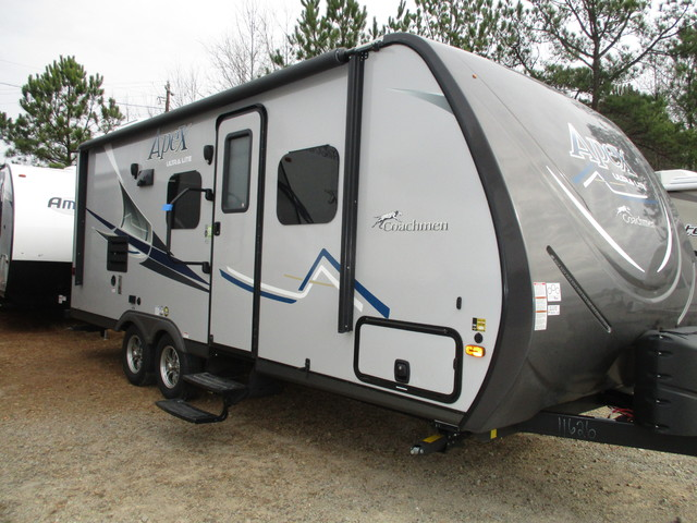 Brilliant 2017 Coachmen Apex 212RB  Temple GA 30179