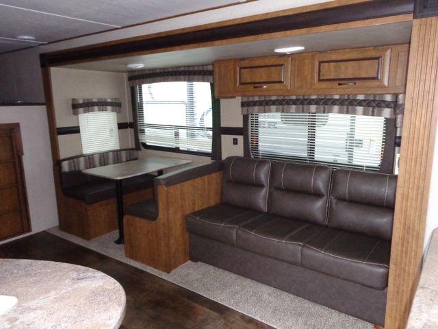2017 Crossroads Z-1 272BH Mandan, North Dakota 4