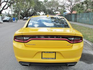 2017 Dodge Charger SXT Miami, Florida 3