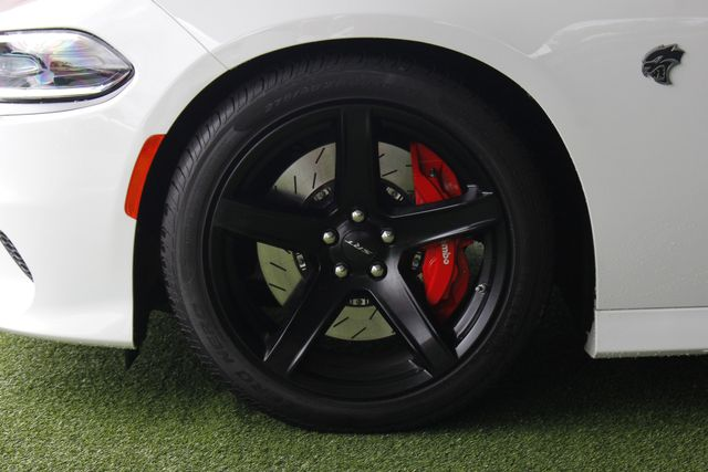 2017 Dodge Charger SRT Hellcat - NAV - SUNROOF - 204 MPH TOP SPEED! Mooresville , NC 23