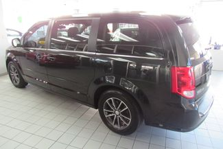 2017 Dodge Grand Caravan SXT Chicago, Illinois 5