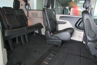 2017 Dodge Grand Caravan SXT W/ BACK UP CAM Chicago, Illinois 11