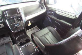 2017 Dodge Grand Caravan GT W/ NAVIGATION SYSTEM / BACK UP CAM Chicago, Illinois 24