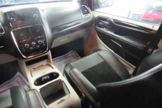 2017 Dodge Grand Caravan SXT Chicago, Illinois 18