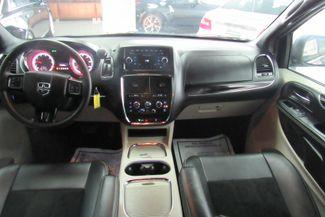 2017 Dodge Grand Caravan SXT Chicago, Illinois 9
