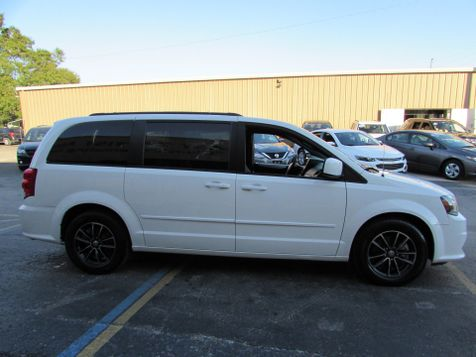 2017 Dodge Grand Caravan GT W/NAVI | Clearwater, Florida | The Auto Port Inc in Clearwater, Florida