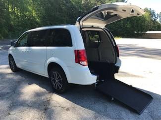 2017 Dodge Grand Caravan SXT handicap accessible wheelchair van Dallas, Georgia