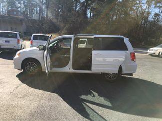 2017 Dodge Grand Caravan SXT handicap wheelchair accessible Dallas, Georgia 8