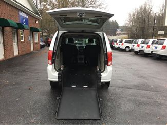 2017 Dodge Grand Caravan handicap wheelchair van Dallas, Georgia 1