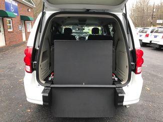 2017 Dodge Grand Caravan Handicap wheelchair accessible Dallas, Georgia 4