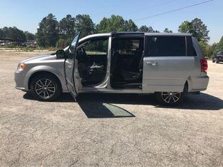 2017 Dodge Grand Caravan SXT handicap wheelchair accessible van Dallas, Georgia 8