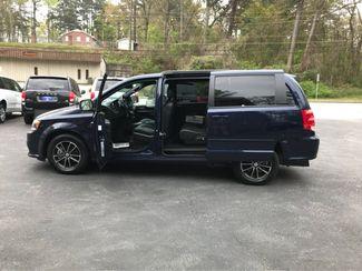 2017 Dodge Grand Caravan GT handicap wheelchair van Dallas, Georgia 5