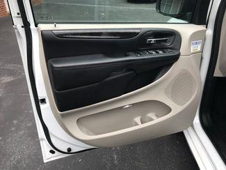 2017 Dodge Grand Caravan handicap wheelchair van Dallas, Georgia 13