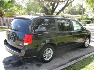 2017 Dodge Grand Caravan SXT Miami, Florida 6