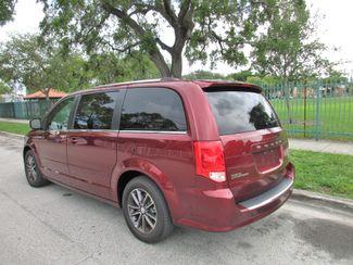 2017 Dodge Grand Caravan SXT Miami, Florida 2