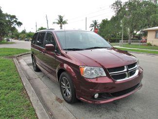 2017 Dodge Grand Caravan SXT Miami, Florida 5