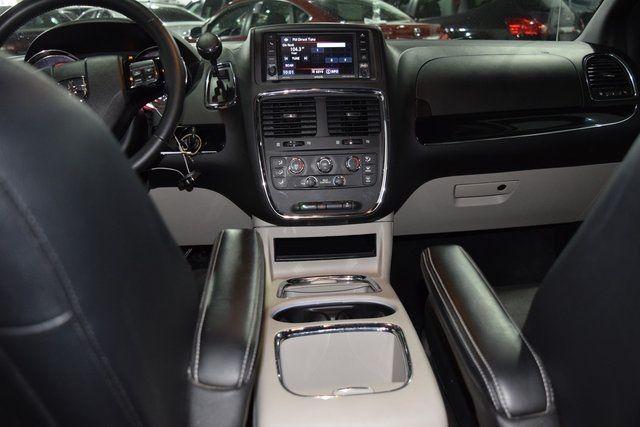 2017 Dodge Grand Caravan SXT Richmond Hill, New York 25
