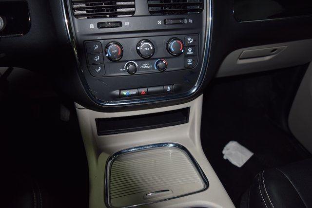 2017 Dodge Grand Caravan SXT Richmond Hill, New York 30