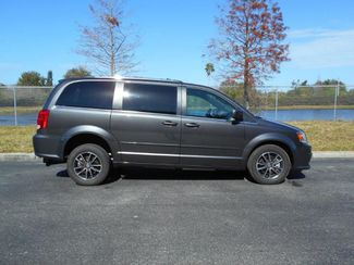 2017 Dodge Grand Caravan Sxt Handicap Van Pinellas Park, Florida 2