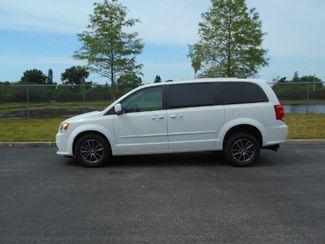 2017 Dodge Grand Caravan Sxt Wheelchair Van- DEPOSIT Pinellas Park, Florida 1
