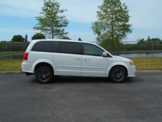 2017 Dodge Grand Caravan Sxt Wheelchair Van- DEPOSIT Pinellas Park, Florida 2