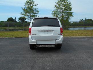 2017 Dodge Grand Caravan Sxt Wheelchair Van- DEPOSIT Pinellas Park, Florida 4