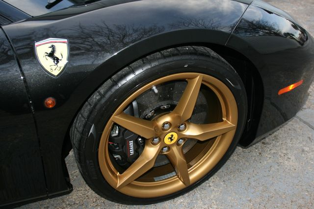 2017 Ferrari 488 GTB Houston, Texas 12