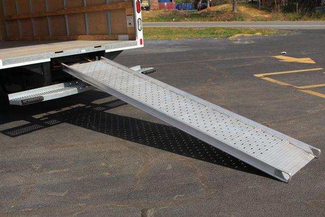 2017 Ford E-Series Cutaway E350  UNICELL 15' BOX TRUCK/VAN Mooresville , NC 5