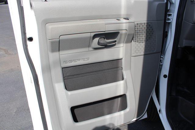 2017 Ford E-Series Cutaway E350  UNICELL 15' BOX TRUCK/VAN Mooresville , NC 34