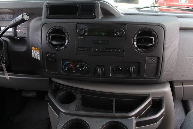 2017 Ford E-Series Cutaway E350  UNICELL 15' BOX TRUCK/VAN Mooresville , NC 11