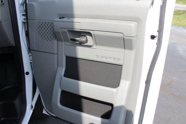 2017 Ford E-Series Cutaway E350  UNICELL 15' BOX TRUCK/VAN Mooresville , NC 35