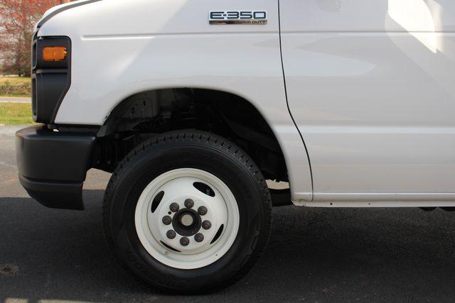 2017 Ford E-Series Cutaway E350  UNICELL 15' BOX TRUCK/VAN Mooresville , NC 19