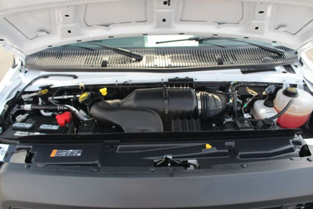 2017 Ford E-Series Cutaway E350  UNICELL 15' BOX TRUCK/VAN Mooresville , NC 36