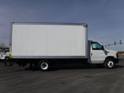2017 Ford E350 16FT Box Truck with Lift Gate in Ephrata, PA
