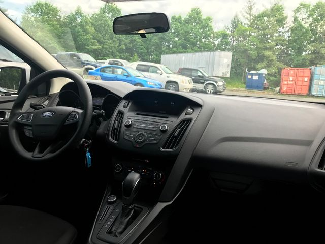 2017 Ford Focus SE Leesburg, Virginia 12