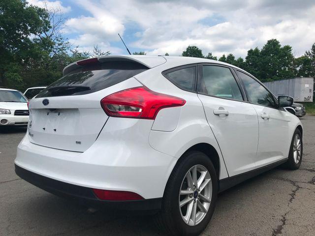 2017 Ford Focus SE Leesburg, Virginia 3