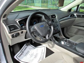 2017 Ford Fusion SE Miami, Florida 11