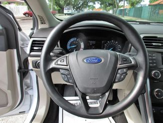 2017 Ford Fusion SE Miami, Florida 9