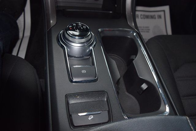 2017 Ford Fusion SE Richmond Hill, New York 32